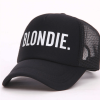 casquettes assortis blonde brune