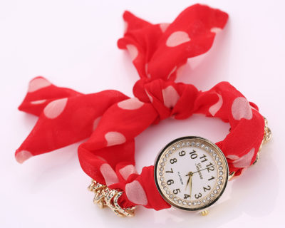 Montre foulard diamants et points - Rouge Blanc